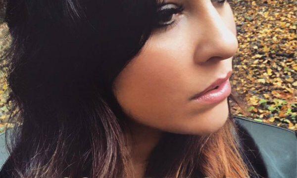 """Nicole Perossa in radio con il singolo """"Sole nero"""""""