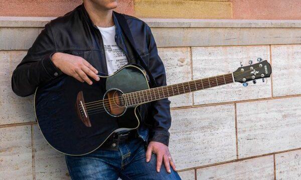 FABRIZIO NITTI il nuovo singolo DAMMI LA PACE Dal 10 maggio in radio e negli store digitali
