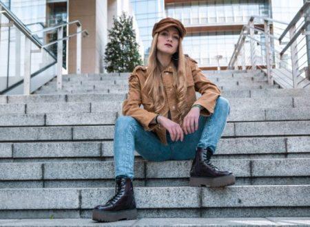 RITA MANELLI il nuovo singolo SENZA VERSARE UNA LACRIMA