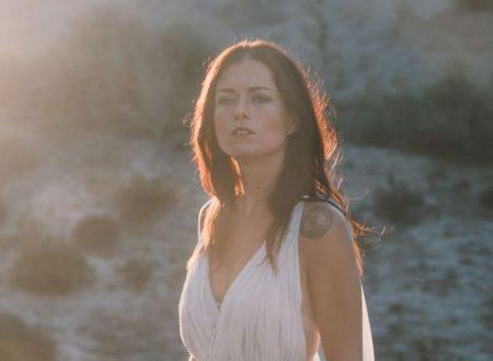 """È online il videoclip di """"La Libertà"""", primo singolo di Renza Castelli – estratto dall'album d'esordio della cantautrice toscana che uscirà in inverno"""