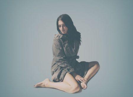 """È online il videoclip di """"A piedi scalzi sulla neve"""", nuovo singolo attualmente in rotazione radiofonica di Renza Castelli"""