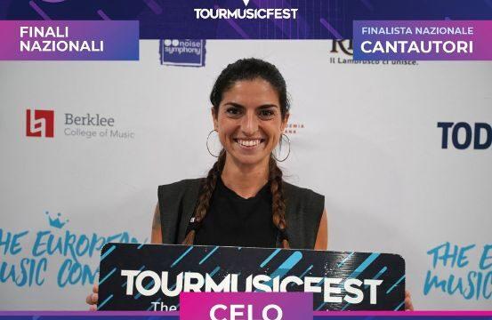 La cantante palermitana Celeste De Lisi, in arte Celo, vola a Roma per la finale nazionale del Tour Music Fest 2021: si esibirà il 29 ottobre 2021 a Roma presso il Crossroads – Live Club.